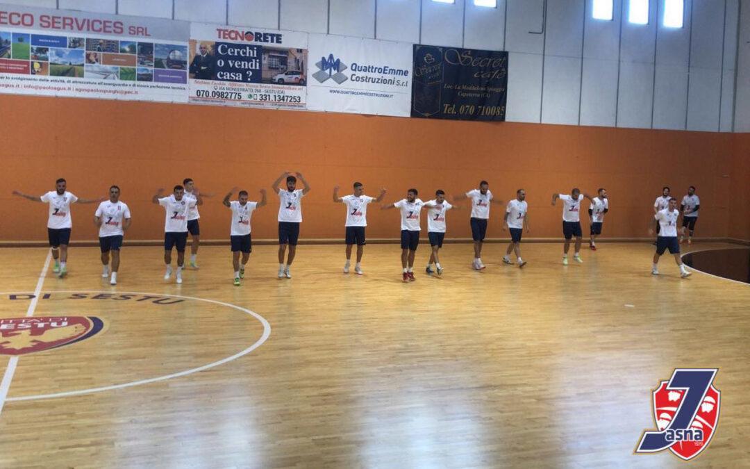 Serie B, successo in amichevole contro l'Oristanese